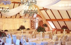 phoca_thumb_l_WeddingCelling4