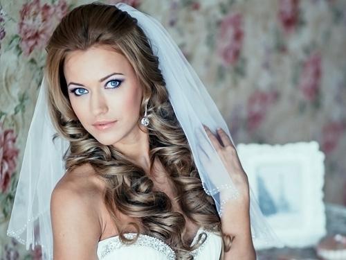 Свадебные прически с распущенными волосами