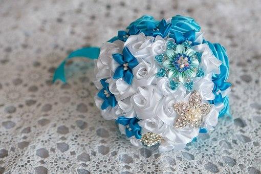 Букет невест из атласных лент своими руками