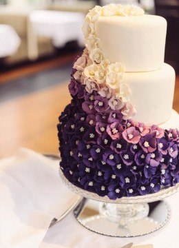 beautiful-ombre-purple-wedding-cake
