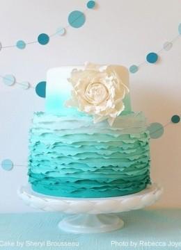 biryuzovyy-svadebnyy-tort-10