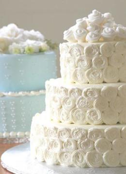 декор-из-крема-для-свадебного-торта