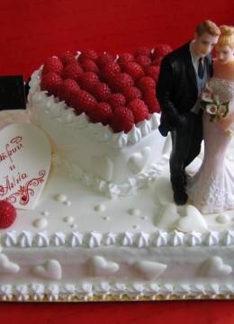 tort-na-svadbu