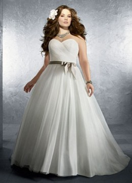 Plus-Size-Wedding-Dress-WDAA0000745-320×420