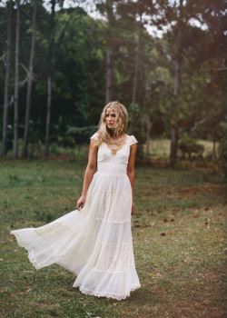 boho-wedding-gowns24