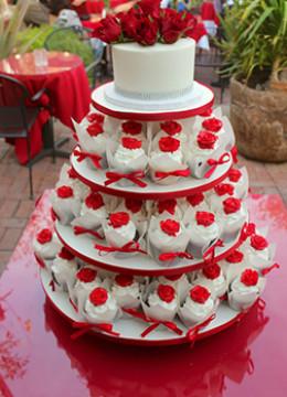 red-wedding-cake-08