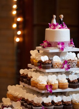 svadebnyj-tort-s-kapkejkami-1